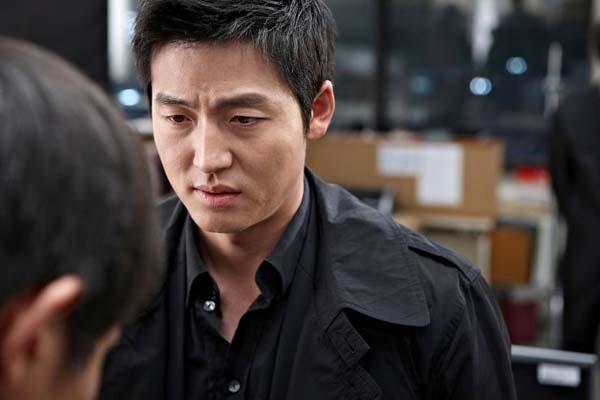 Lee Jung-jin dans Troubleshooter (2010)