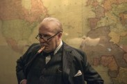 Gary Oldman dans Darkest Hour (2017)
