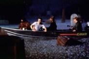 Morgan Freeman, Christian Slater, Dann Florek, et Ricky Harris dans Hard Rain (1998)