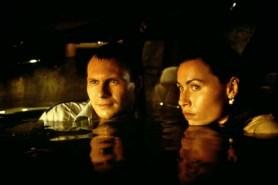 Christian Slater et Minnie Driver dans Hard Rain (1998)
