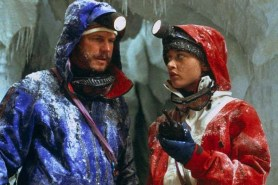 Bill Paxton et Robin Tunney dans Vertical Limit (2000)