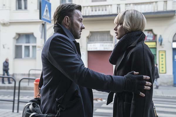 Joel Edgerton et Jennifer Lawrence dans Red Sparrow (2018)