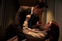 Park Sung-woong et Im Jin-ah dans The Swindlers (2017)