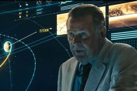 Tom Wilkinson dans The Titan (2018)