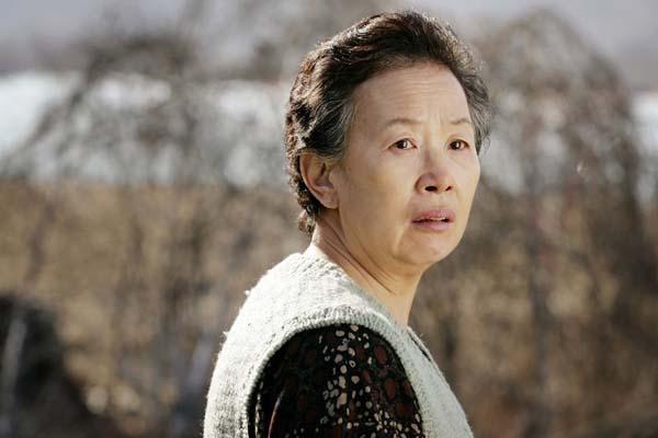 Na Moon-hee dans Cruel Winter Blues (2006)