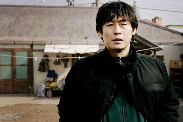 Sol Kyung-gu dans Cruel Winter Blues (2006)