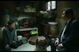Jung Woo-sung et Kwak Do-won dans Asura: The City of Madness (2016)