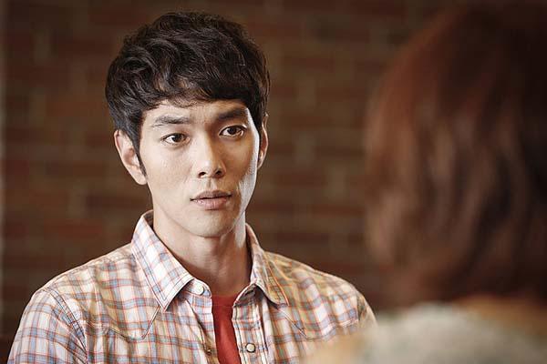 Lee Kyu-han dans Blood and Ties (2013)