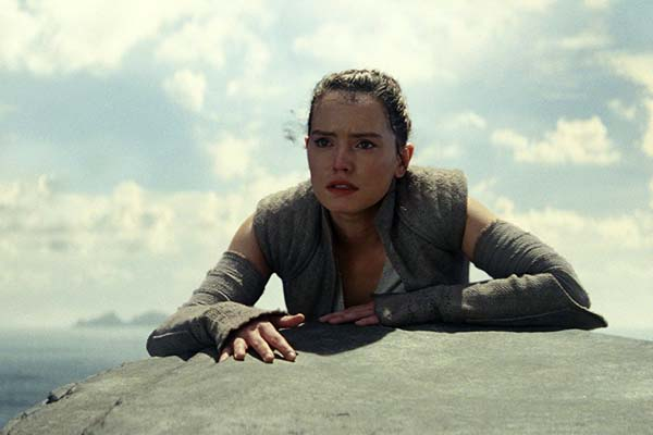 Daisy Ridley dans Star Wars: Episode VIII - The Last Jedi (2017)