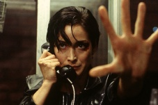 Carrie-Anne Moss dans The Matrix (1999)