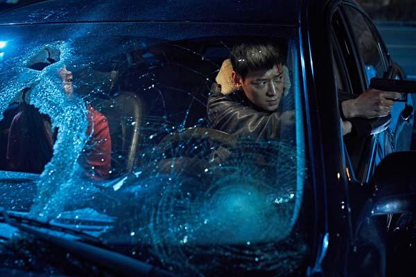 Kang Dong-won dans Illang: The Wolf Brigade (2018)