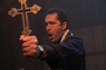 Demián Bichir dans The Nun (2018)