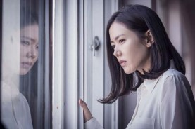 Son Ye-jin dans The Truth Beneath (2016)