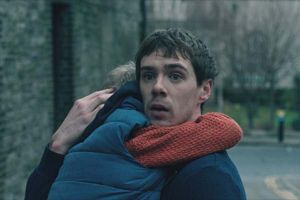 Sam Keeley dans The Cured (2017)