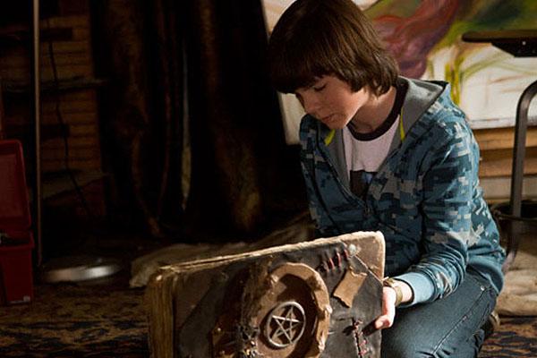 Chandler Riggs dans Mercy (2014)