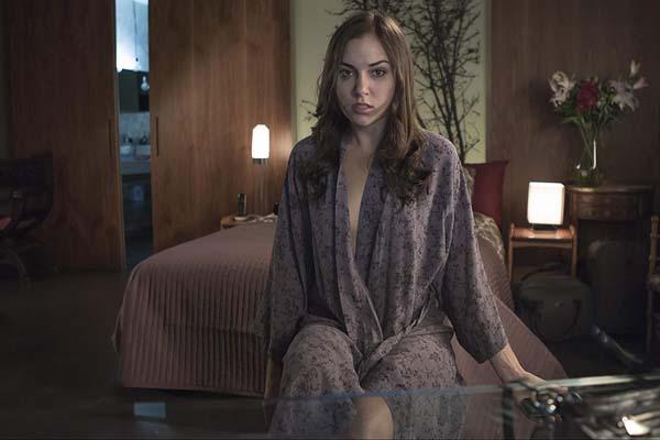 Sasha Grey dans Open Windows (2014)