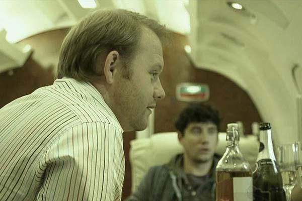 Michael Jibson et Jack Gordon dans Panic Buttom (2011)