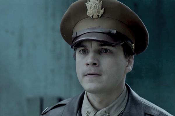 Emile Hirsch dans The Chinese Widow (2017)