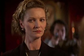 Joan Allen dans Face/Off (1997)