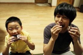 Cha Tae-hyun et Chun Bo-geun dans Hello Ghost (2010)