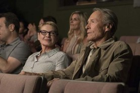Clint Eastwood et Dianne Wiest dans The Mule (2018)