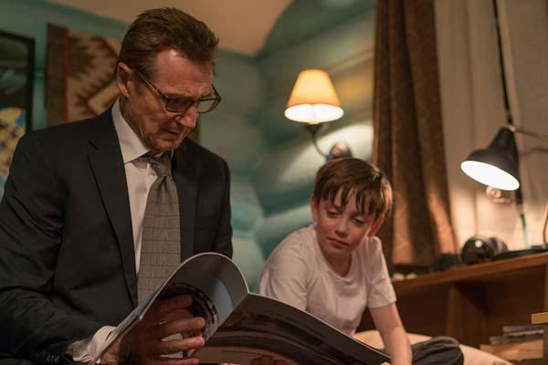 Liam Neeson et Nicholas Holmes dans Cold Pursuit (2019)