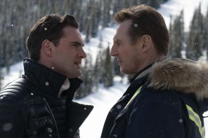 Liam Neeson et Tom Bateman dans Cold Pursuit (2019)
