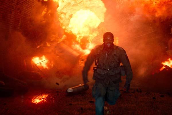 Jovan Adepo dans Overlord (2018)