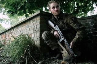 Wyatt Russell dans Overlord (2018)