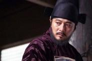 Jang Dong-gun dans Rampant (2018)