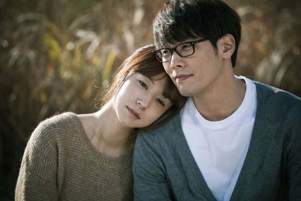 Choi Daniel et Jung Ji-yoon dans Traffickers (2012)
