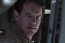 Bruce Greenwood dans Below (2002)