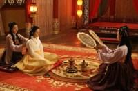 Song Ji-hyo dans A Frozen Flower (2008)