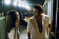 Jeffrey Dean Morgan et Zoe Saldana dans The Losers (2010)