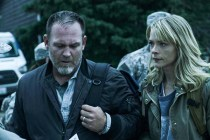 Jaime King et Ty Olsson dans Black Summer (2019)