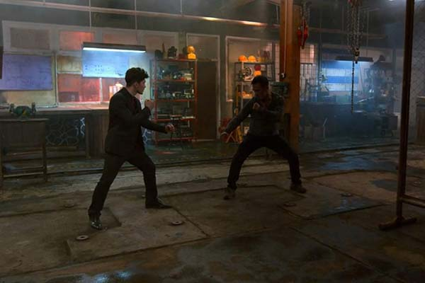 Joe Taslim et Iko Uwais dans The Night Comes for Us (2018)