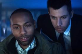 Jeremie Harris et Beau Knapp dans Crypto (2019)