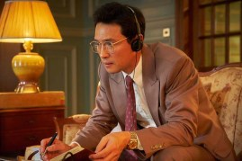 Hwang Jung-min dans The Spy Gone North (2018)