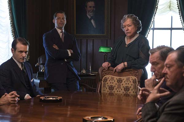 Kathy Bates dans The Highwaymen (2019)