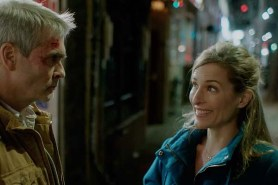 Kate Greenhouse et Henry Rollins dans He Never Died (2015)