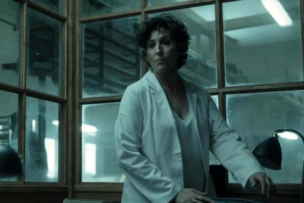 Elvira Mínguez dans The Invisible Guardian (2017)