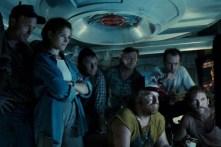 Ed Harris, Mary Elizabeth Mastrantonio, John Bedford Lloyd, Captain Kidd Brewer Jr., Leo Burmester, Todd Graff, et J.C. Quinn dans The Abyss (1989)