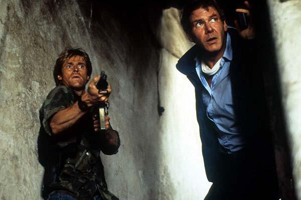 Willem Dafoe et Harrison Ford dans Clear and Present Danger (1994)