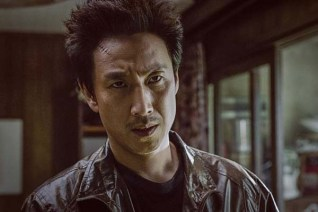 Lee Sun-kyun dans The Dawning Rage (2019)