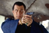 Steven Seagal dans Belly of the Beast (2003)