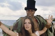 Jane Seymour et Geoffrey Holder dans Live and Let Die (1973)
