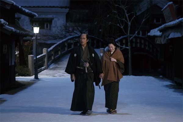 Kiichi Nakai et Ryōko Hirosue dans Snow on the Blades (2014)