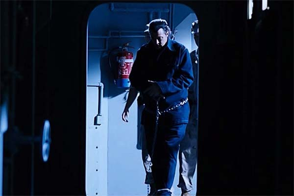 Steven Seagal dans Submerged (2005)
