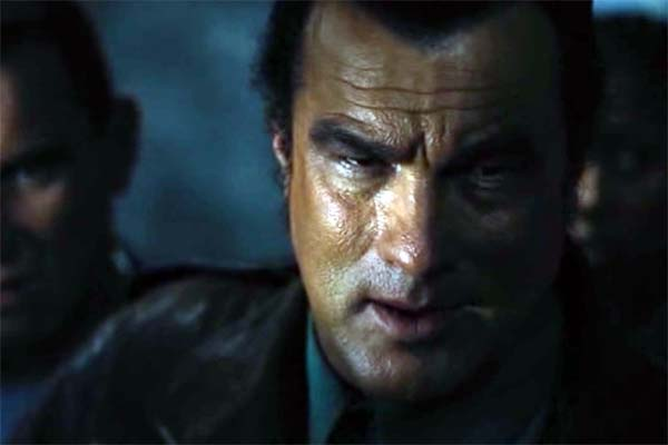 Steven Seagal dans Submerged (2005)