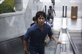 Lee Sun-kyun dans Helpless (2012)